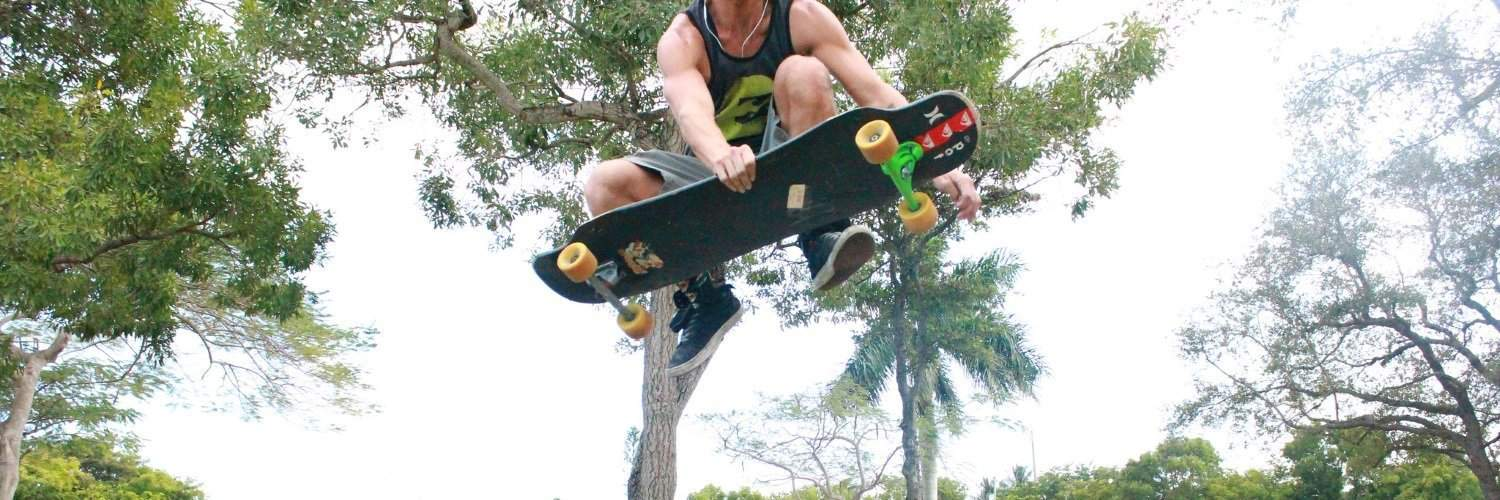 Freestyle longboarding