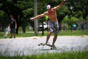 longboard freestyle stance