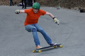 longboard heelside carve before slide