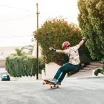 How to Stop on a Longboard : Survival Guide