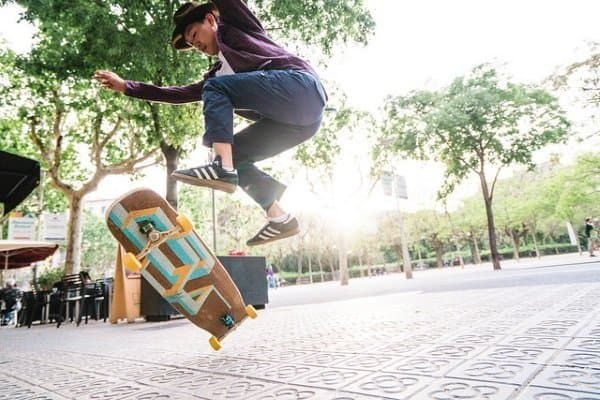 why should you get a longboard: stay in shape