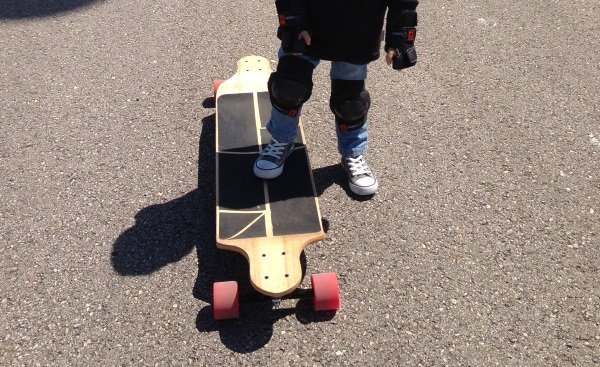 learn how to step on your longboard