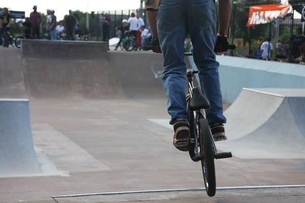 skateboard vs bmx experience