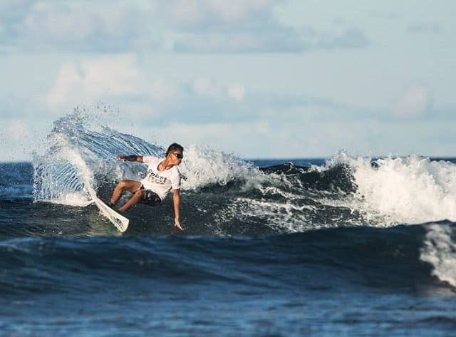 what to look for in good surf sunglasses