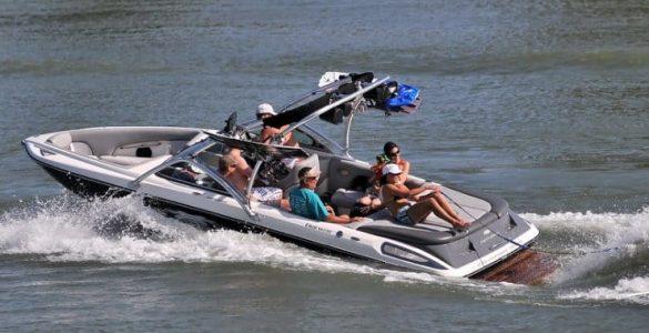 best wakesurf boat under 30k
