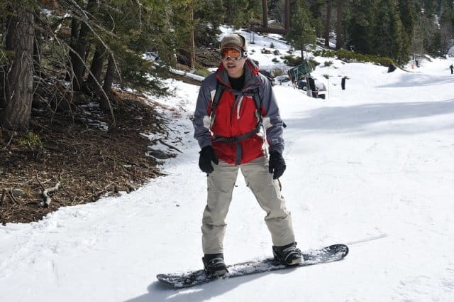Tips for transitioning from boarding to skiing