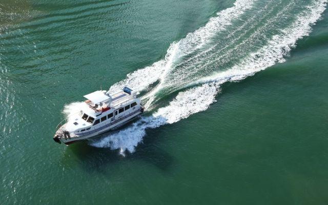 Can you water ski behind a cruiser?