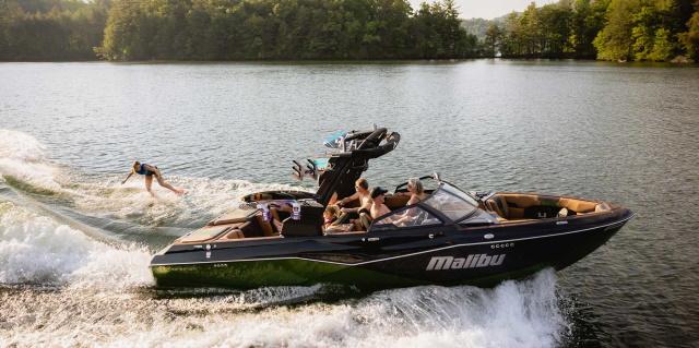 Malibu boats 25LSV