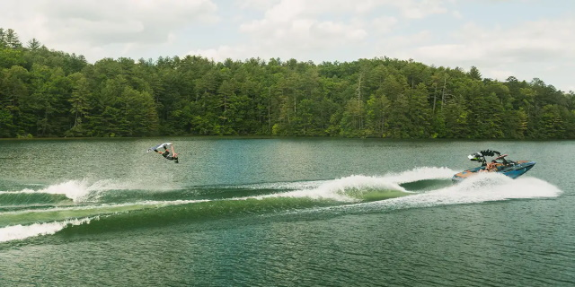 Axis boats A24
